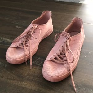 Men's Pink Leather Puma sneaker